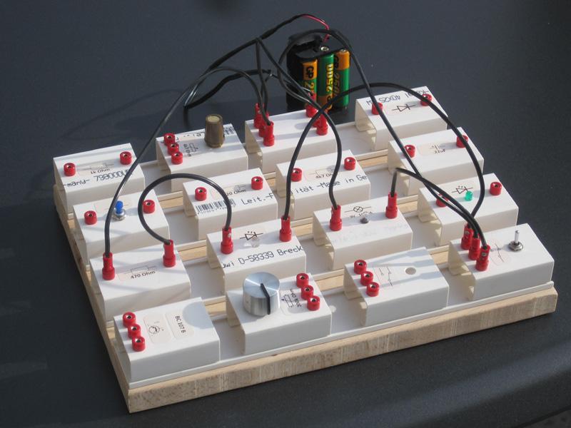 Selbstgebautes Experimentiersystem