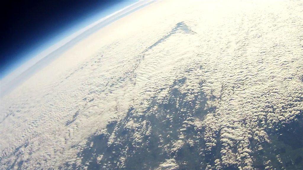 Erste Bilder von unserer Space-Cam